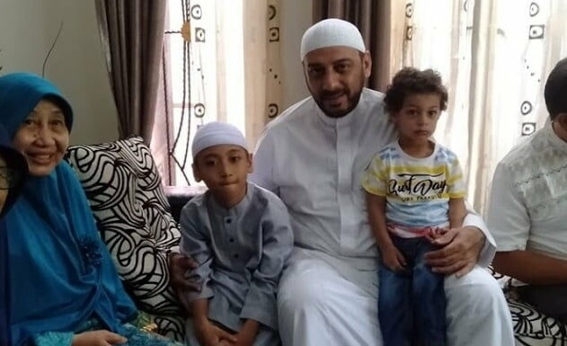 Biography of Sheikh Ali Jaber and Family